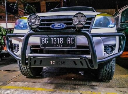 Ford Everest BUMPER DEPAN NUDGE BAR WILD FOREST FORD EVEREST TAS4X4 3 bumper_depan_nudge_bar_wild_forest_ford_everest_tas4x4