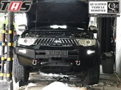 Pajero sport 2009 on BUMPER DEPAN PAJERO SPORT NO LOOP FOREST