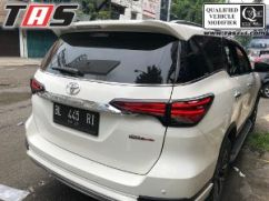 Fortuner 2015+ GARNISH LAMPU DEPAN BELAKANG HITAM DOFF ALL NEW FORTUNER garnish lampu depan belakang hitam doff all new fortuner s 4